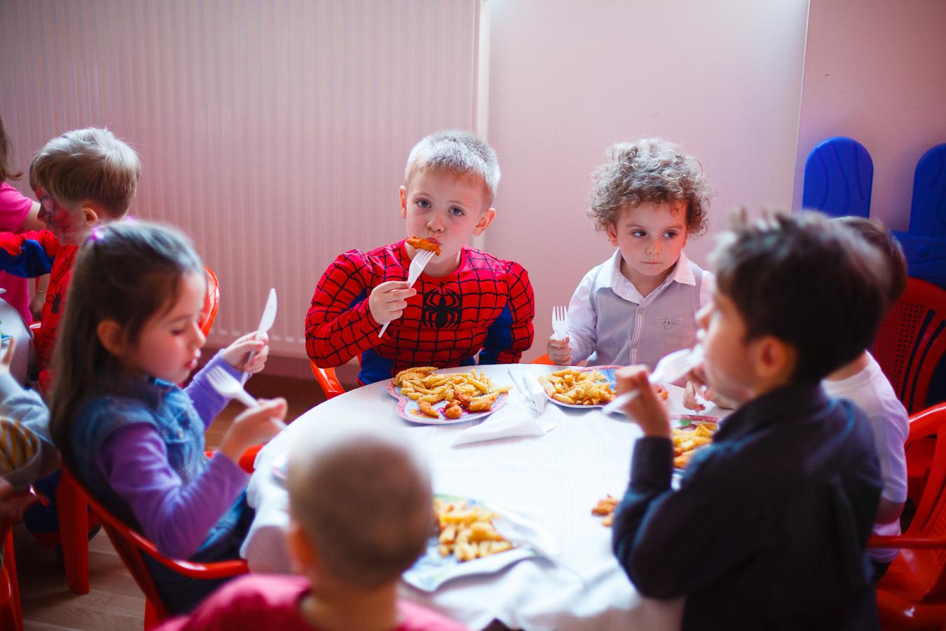 Petrecere copii loc de joaca Bucuresti sector 4